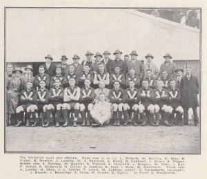 1932 Vic v Tas Team photo